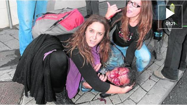 La fiscal pide 3 años de cárcel a un antidisturbios por patear a un manifestante