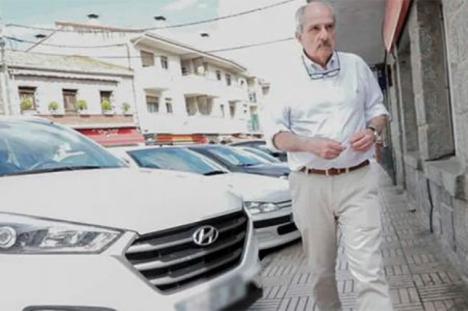 El argentino Adolfo Scilingo, condenado a 1084 años de prisión por crímenes de lesa humanidad, libre en España