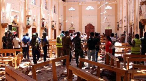 Cerca de 300 personas muertas después de que varias bombas hayan explotado en iglesias y hoteles turísticos de Sri Lanka