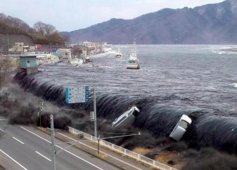 Tsunami en Indonesia tras un terremoto de 7,5 grados