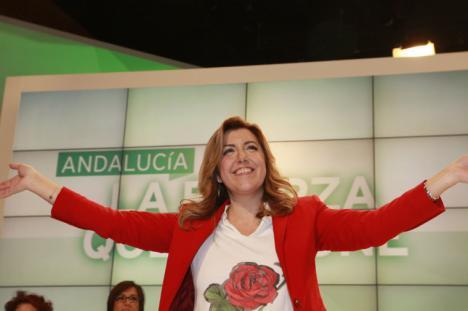 Susana Díaz llenó su acto de campaña en Madrid con autobuses gratis, bocadillos y amenazas de despido
