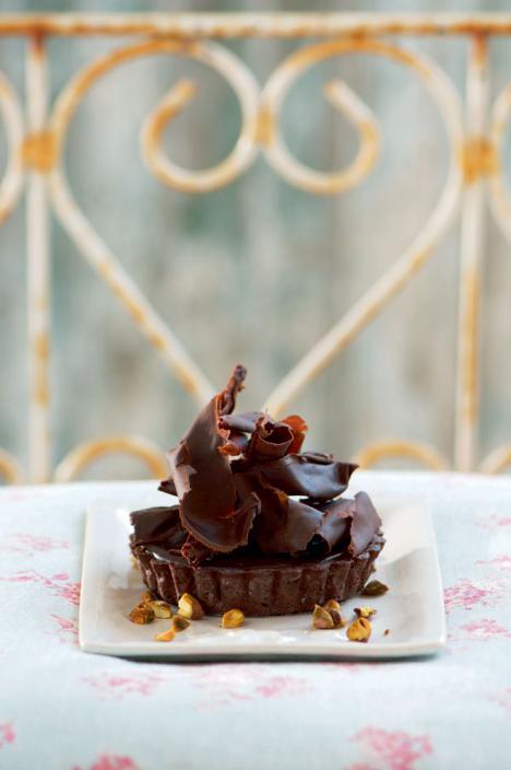 Tartaleta de chocolate y avellanas