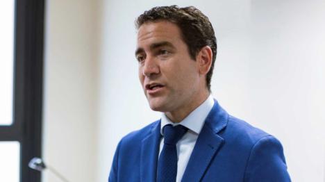 Teodoro García, pasa de la ley y lleva a cabo obras sin licencia en su vivienda