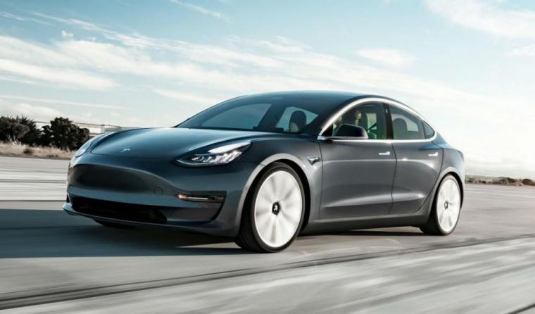 Récord en Laguna Seca del Tesla Model 3 bate