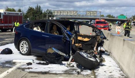 Segundo accidente mortal de un Tesla que circulaba con el piloto automático