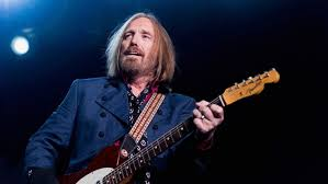 El roquero estadounidense Tom Petty falleció este martes a los 66 años