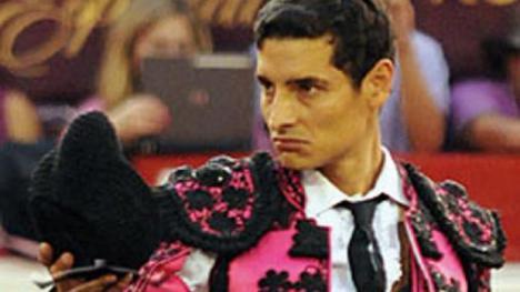 Aparece muerto en el baño de su domicilio el torero colombiano Andrés de los Ríos.