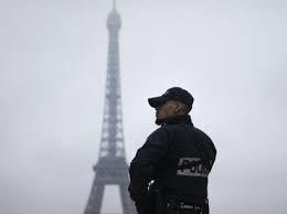 Dos personas heridas en Francia en lo que puede ser un atentado terrorista.