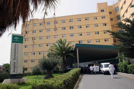 El caos se adueña del hospital Torrecárdenas de Almería