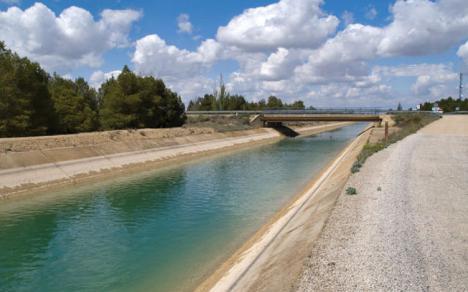IU-Verdes insiste en la necesidad de ordenar el sector ganadero en Lorca para controlar los efectos de la 'burbuja'