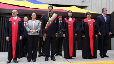 El Tribunal Supremo de Venezuela ordena enjuiciar a 7 diputados por conspiración y traición a la patria