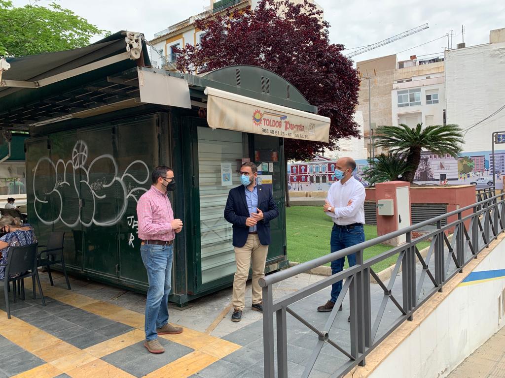 El Ayuntamiento de Lorca informa que está abierto el plazo de solicitud de explotación de varios quioscos para ponerlos en valor y ayudar al fomento del empleo