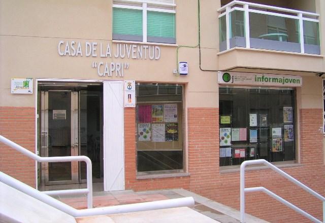 """La Casa de la Juventud """"Capri"""" habilita una oficina de ayuda para la Autocita de la vacuna contra el COVID"""