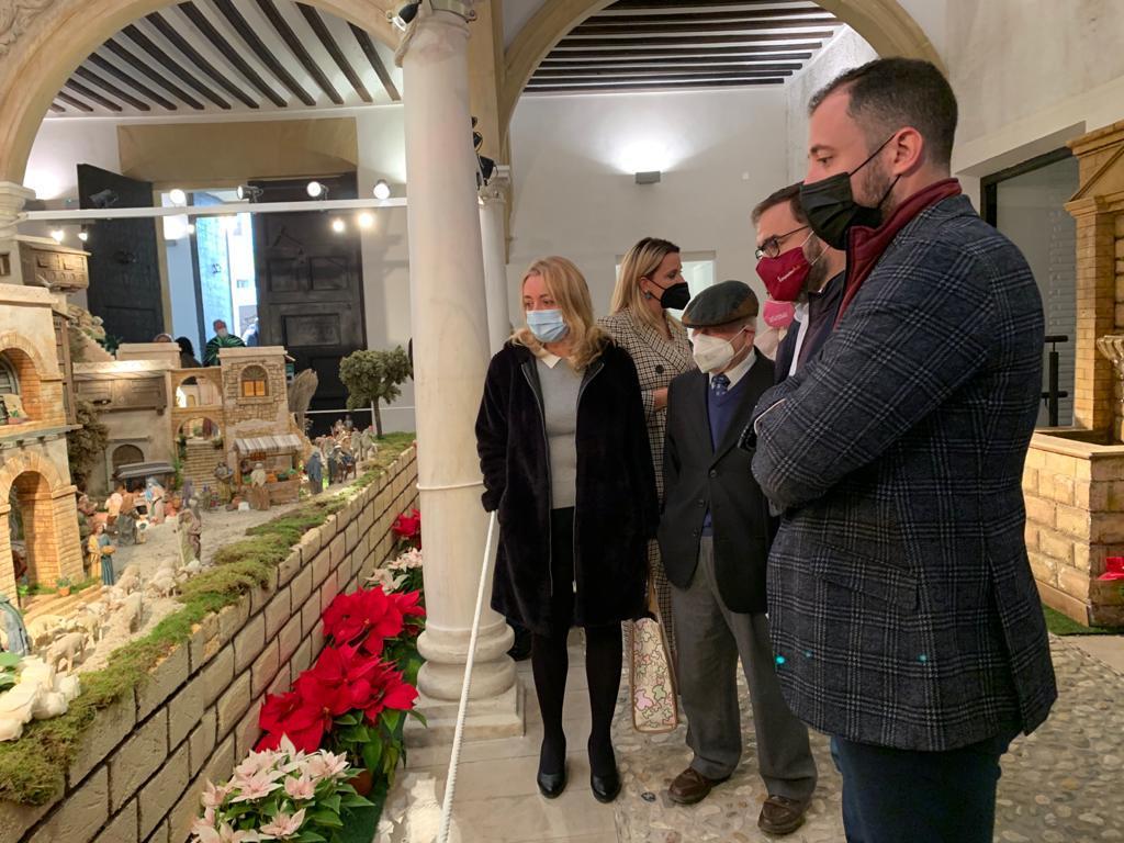 El Alcalde de Lorca inaugura el Belén Municipal Monumental con un centenar de piezas nuevas que representan la entrada de la Sagrada Familia a Egipto