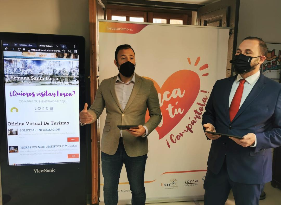 La Oficina de Turismo de Lorca se equipa con herramientas tecnológicas para la mejora del servicio de información turística