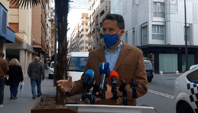 """Fulgencio Gil: """"no existe mejor imagen para terminar el año que los primeros lorquinos recibiendo la vacuna contra el Covid; es una señal de esperanza"""""""