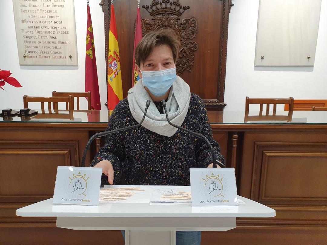 """María Dolores Chumillas: """"la crisis social ocasionada por el COVID ha producido que la inversión desde el área de atención social del Ayuntamiento de Lorca haya sido superior a los 2,1 millones de euros desde el inicio de la pandemia"""""""