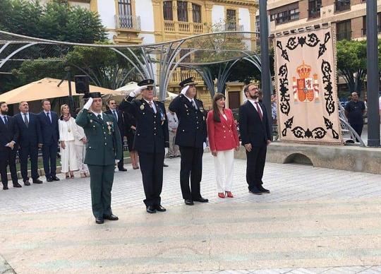 El Ayuntamiento de Lorca conmemora mañana el Día de la Fiesta Nacional de España con la tradicional izada de bandera en la Plaza de Colón.