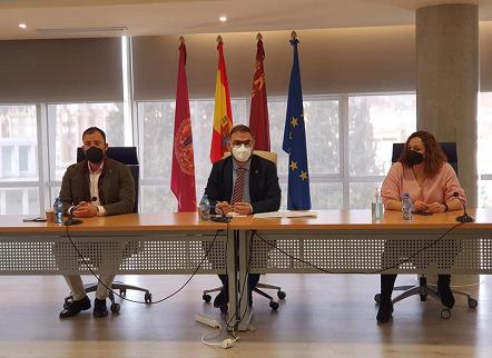 """Diego José Mateos: """"vamos a ser exigentes para que se aceleran al máximo todos los trámites de una actuación que va a suponer un antes y un después para la ciudad de Lorca"""""""