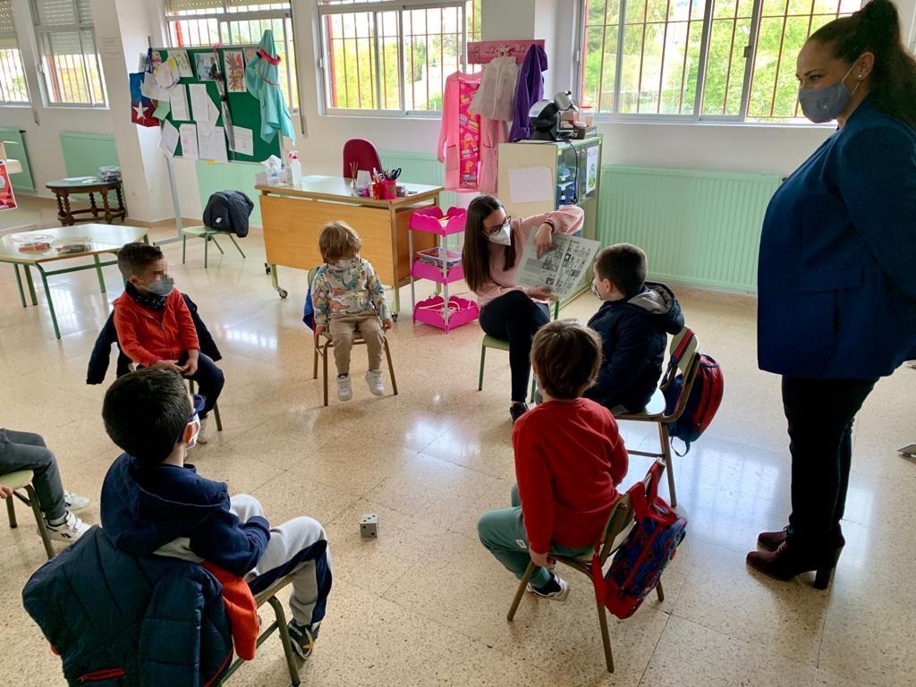 Un total de 77 niños y niñas participan, estos días, en las 'Escuelas de Semana Santa para Conciliar y Coeducar' puestas en marcha por el Ayuntamiento de Lorca