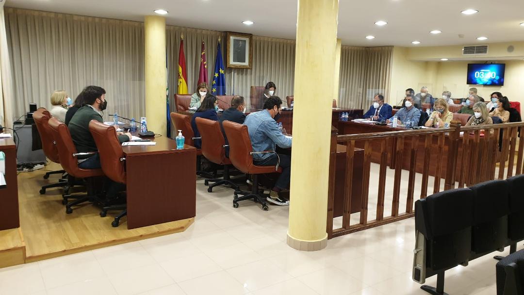 """El Pleno aprueba """"la mayor inversión en obras"""" de la historia de Águilas"""