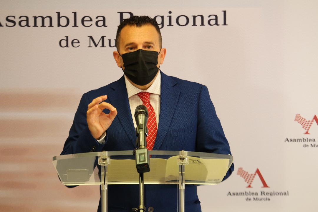"""Fernando Moreno: """"El PSOE y el Gobierno de España vuelven a demostrar su compromiso con los agricultores y ganaderos con la reforma de la cadena alimentaria"""""""