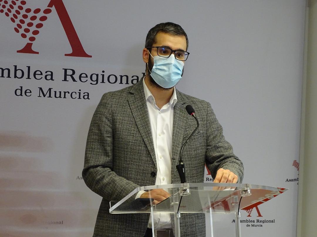 """Francisco Lucas: """"El PP no formará parte de la mesa de la Comisión de investigación del protocolo de vacunación porque no se puede poner al lobo a cuidar de las gallinas"""""""