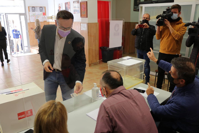 """Diego Conesa: """"El Gobierno de López Miras y de los tránsfugas ha corrompido lo que la ciudadanía votó en 2019 para el cambio, la estabilidad y la regeneración"""""""