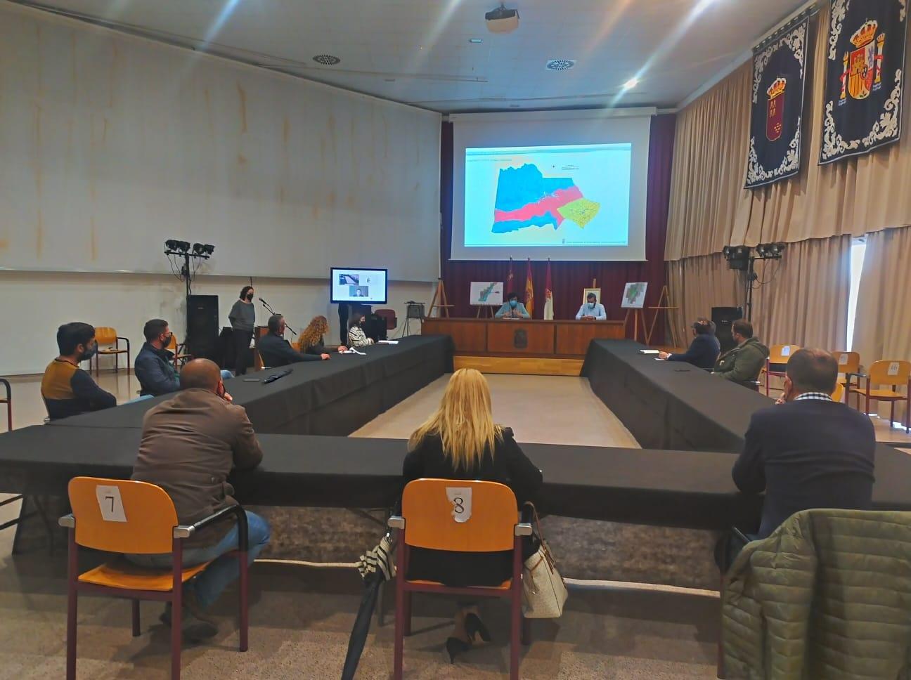 El Ayuntamiento de Puerto Lumbreras mantiene reuniones sectoriales para presentar y consensuar el nuevo Plan General de Ordenación Urbana