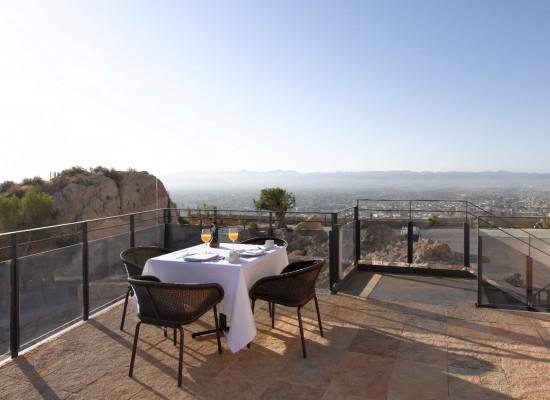 Paradores recomienda pasar las vacaciones de Semana Santa en el hotel ubicado en Lorca