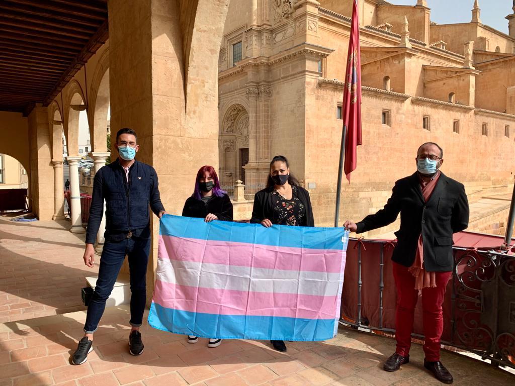 El Ayuntamiento de Lorca visibiliza a las personas trans en el Día Internacional de este colectivo