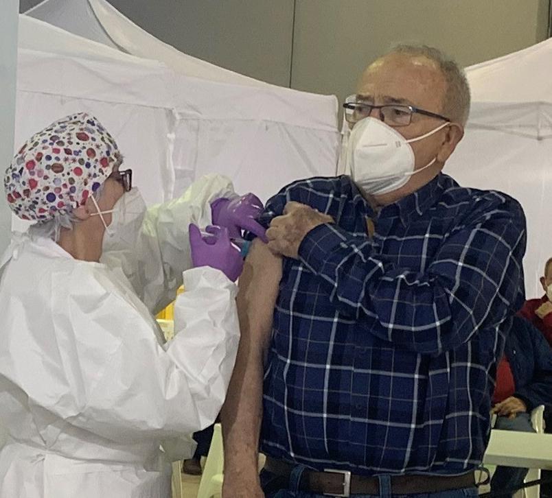 """El miércoles, 14 de Abril, empezarán las vacunaciones masivas en el Pabellón """"Diego Calvo Valera"""" de Águilas"""
