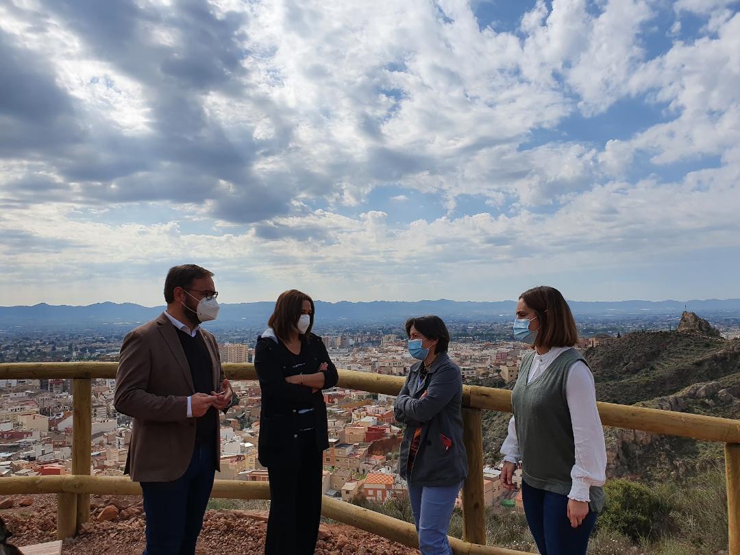 El Ayuntamiento de Lorca crea un nuevo sendero, una bifurcación de la ruta de San Lázaro y 'Los Pilones' para seguir fomentando el senderismo y el ocio en el medio natural