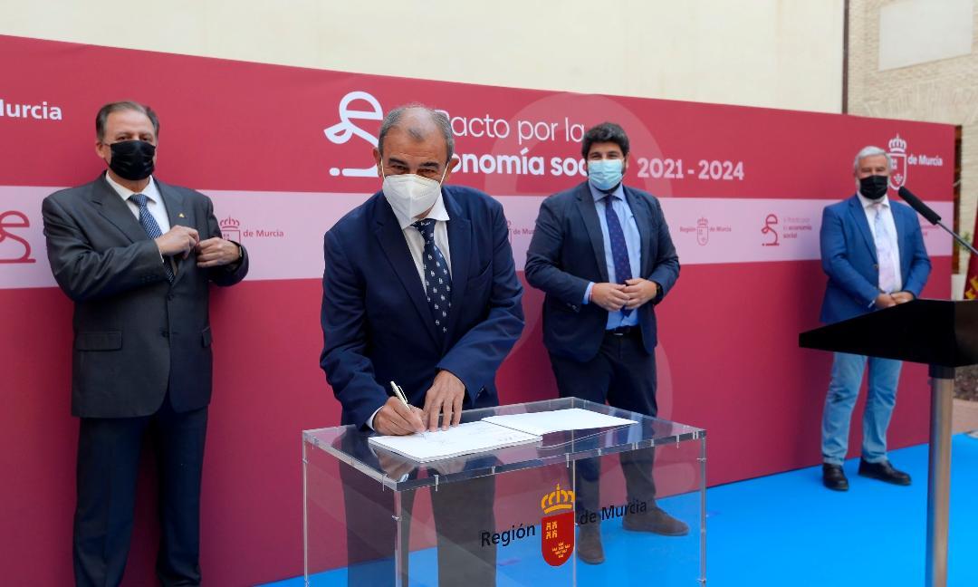 Ucomur y Ucoerm firman el V Pacto por la Economía Social de la Región de Murcia por importe de 24 millones de euros y la previsión de crear 5000 puestos de trabajo y 1000 empresas en un plazo de tres años