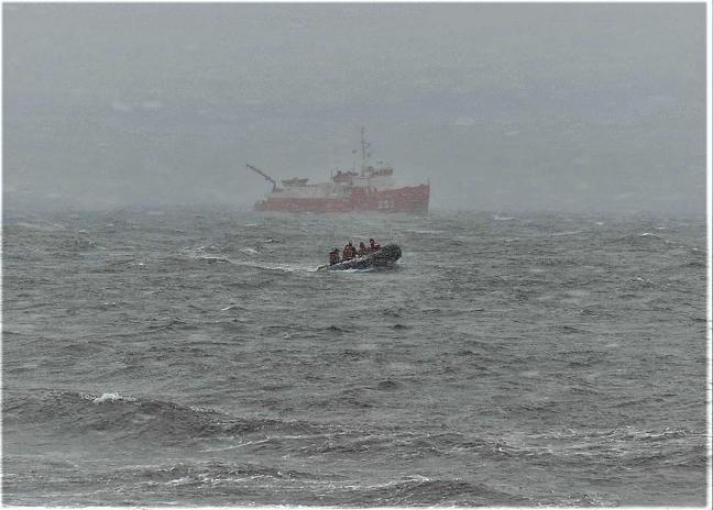 """El buque auxiliar """"Las Palmas"""" cumple 40 años al servicio de España"""
