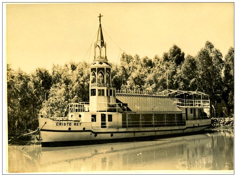 "Un barco muy singular: la iglesia flotante ""Cristo Rey"", por Diego Quevedo, Alférez de Navío ®"