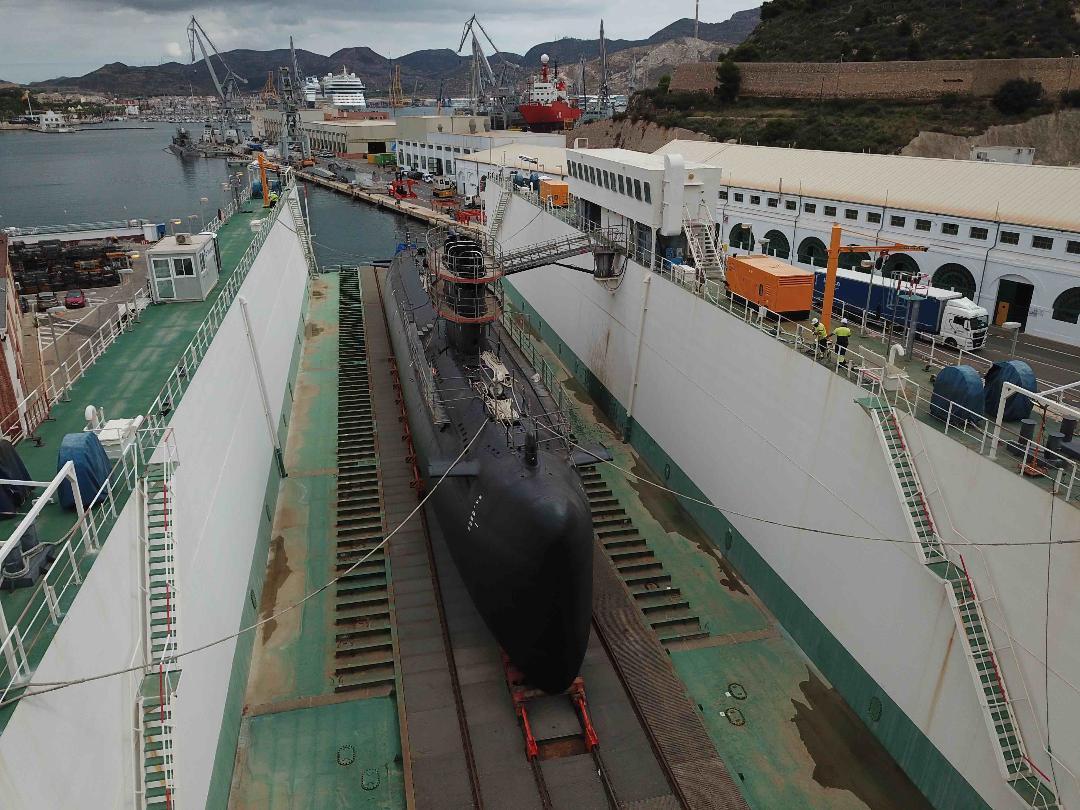 """Puesta a Flote del submarino """"Galerna"""" (S-71)"""