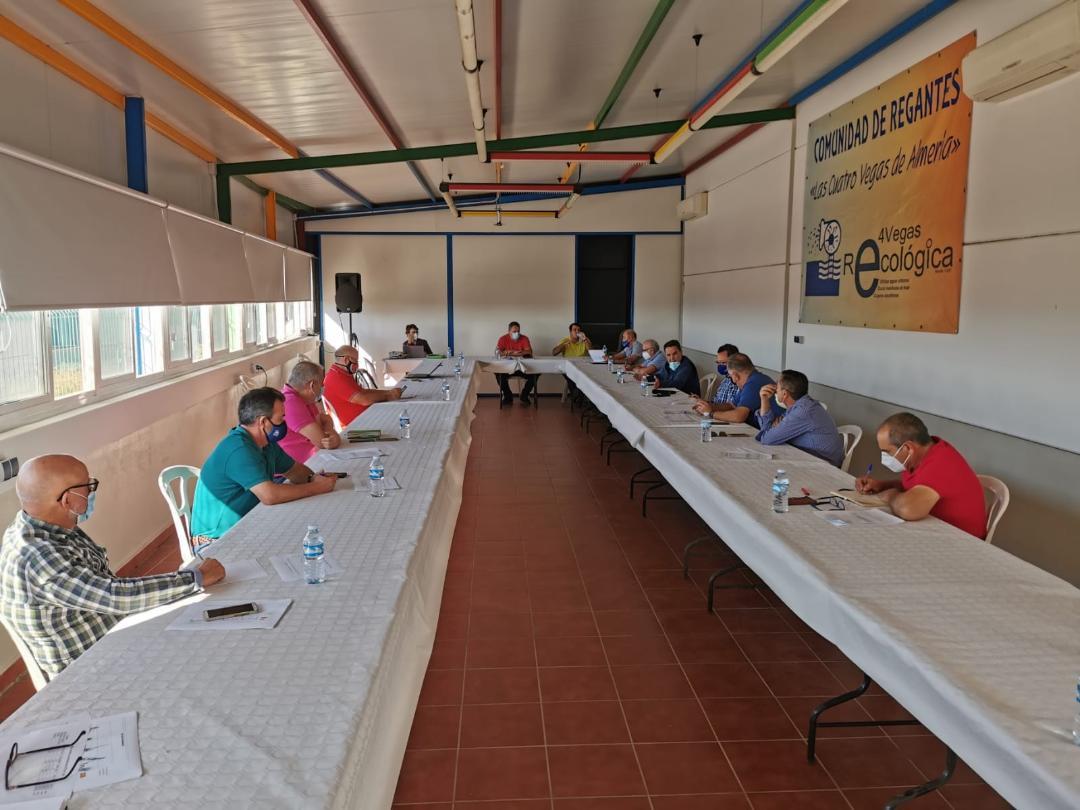 La Mesa del Agua exige al Ayuntamiento de Almería y a la Junta de Andalucía la puesta en marcha de un bastidor de la desaladora de la capital para el Bajo Andarax