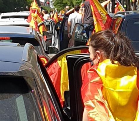 CRONICAS DEL CONFINAMIENTO: POR ESPAÑA Y POR LA LIBERTAD, por Beatriz Rodríguez, periodista