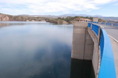 Satisfacción en La Mesa del Agua por el restablecimiento del trasvase Negratín-Almanzora tras los aportes de las últimas lluvias