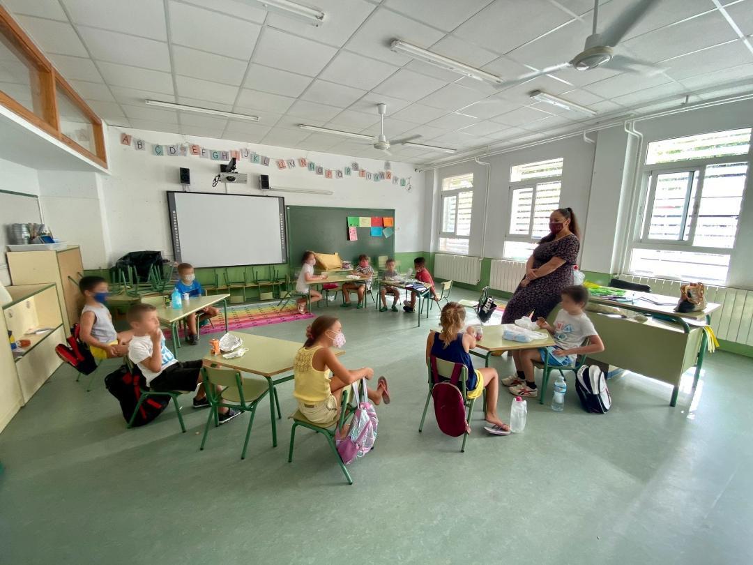 Cerca de un centenar de niños y niñas disfrutan de juegos, actividades y talleres en las 'Escuelas de Verano para Conciliar y Coeducar' puestas en marcha por el Ayuntamiento de Lorca