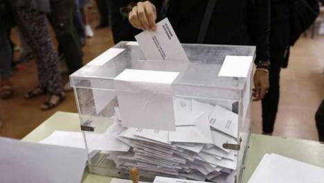 Rajoy, derrotado y el PP en Cataluña, hundido.