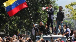 Fracasa el Golpe de Estado en Venezuela y Leopoldo López se refugia en la Embajada de España