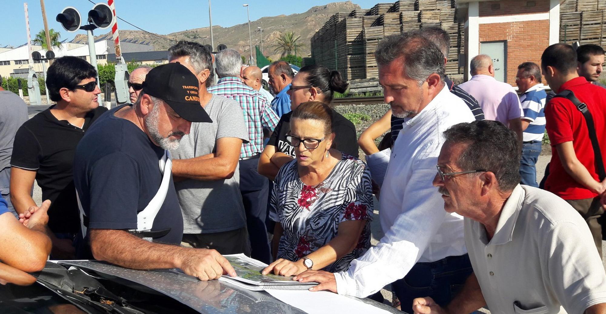 El PP exige al Ministerio que se comprometa en firme a soterrar los pasos de Tercia y Villaespesa antes de expropiar a los damnificados