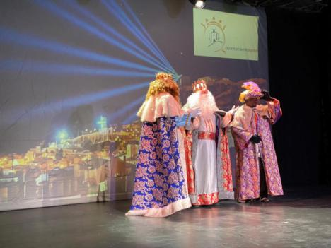 Los Reyes Magos han visitado telemáticamente a los mayores de las residencias Domingo Sastre, Caser y San Diego de Lorca