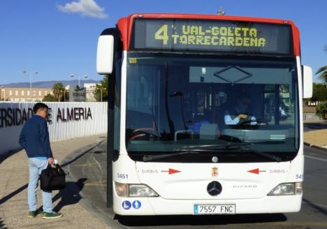 CSIF de Almería reclama el mantenimiento de las líneas de transporte urbano para facilitar el desplazamiento de cientos de trabajadores en la capital