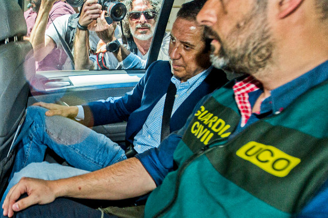 La Unidad Central Operativa de la Guardia Civil reconstruye el entramado empresarial creado por un testaferro y el asesor fiscal de Eduardo Zaplana
